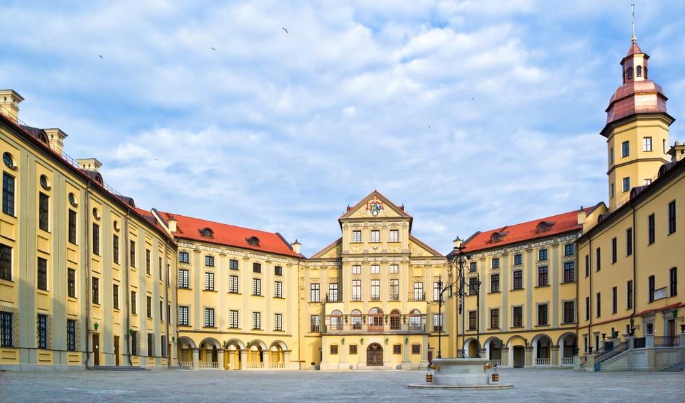 zamak-palac_u_nyasvizhy_znutry