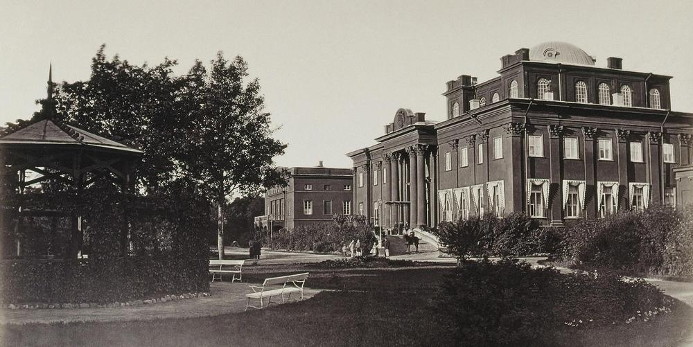 старое фото дворца гомель