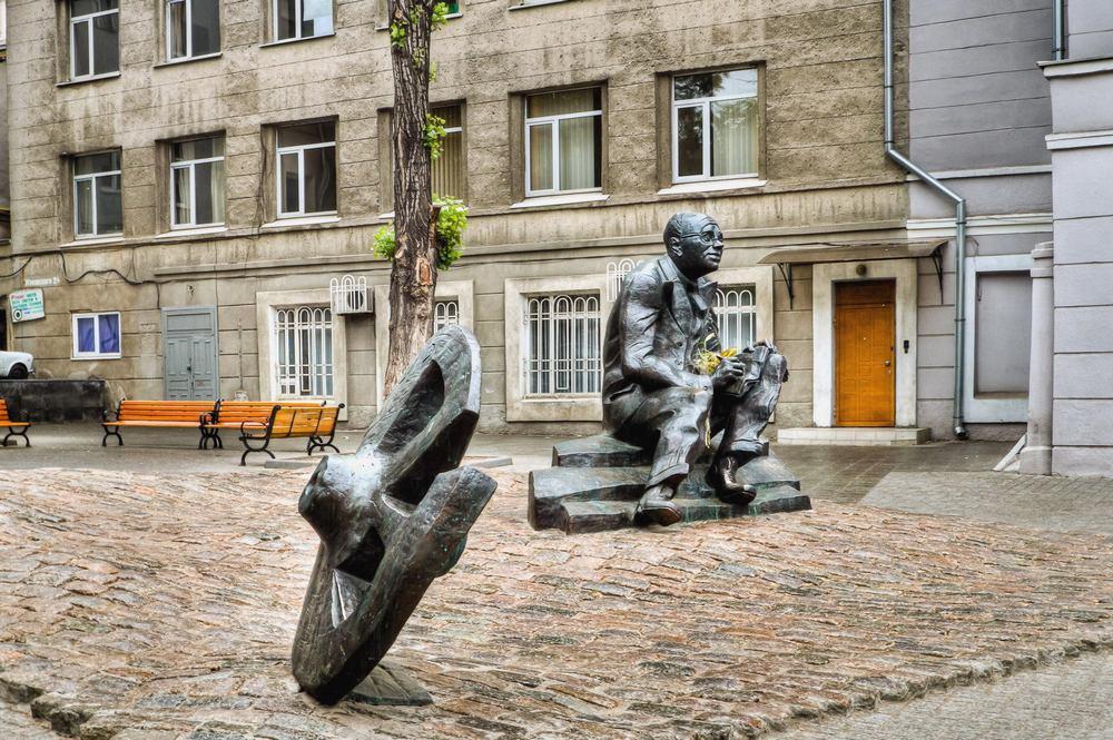 Одесса скульптуры1