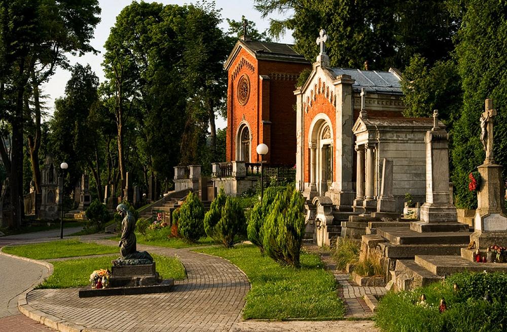 Львов.Лычаковское кладбище2