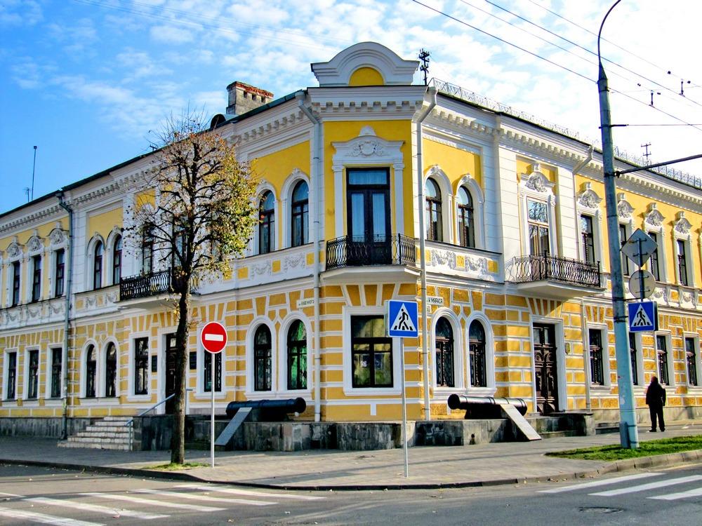 Цена билета в музеи бреста билет в театр красноярск